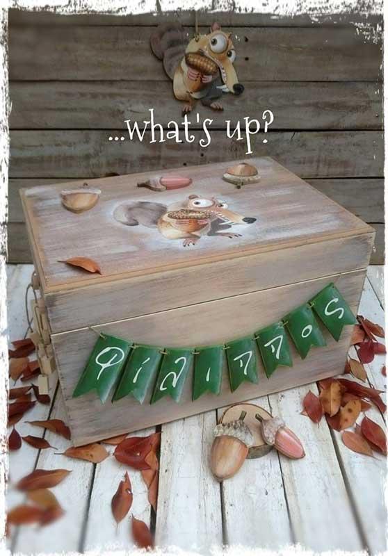 Ξύλινο Κουτί βάπτισης σκιουράκι (611777)